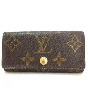 Louis Vuitton Monogram Multicles 4 Key Holder Case